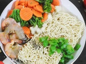 One Pot Cantonese Noodles 2