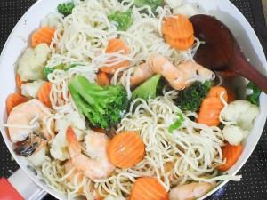 One Pot Cantonese Noodles 4