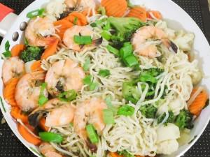 One Pot Cantonese Noodles 6