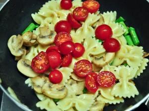 Pasta With Mushroom & Asparagus 6