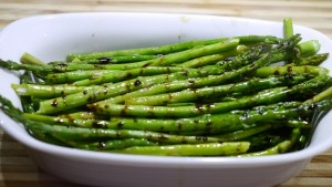 Grilled-Asparagus-with-Balsamic-Reduction